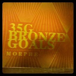 Morphe 35 bronze